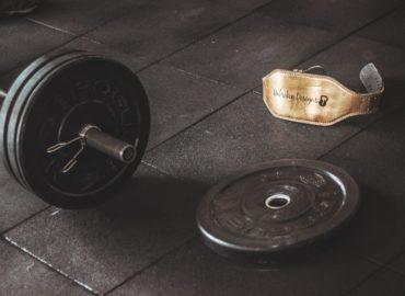 Jak zbudować mięśnie klatki piersiowej w domu?